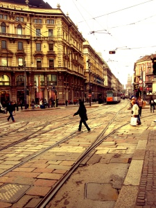 MilanoCrossingStreet