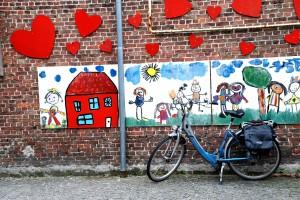 BruggesBiycleHeartSchool